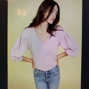 Nation puffed sleeve tee V neck lavender cotton S